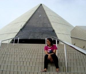 Monjali, monumen yang berbentuk gunung sebagai perlambang kesuburan